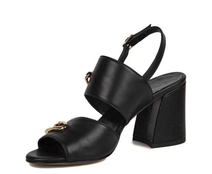 NICE-BLACK-LEATHER-GOLD-PIN2