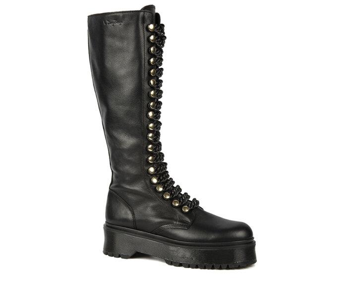 victoria-tall-black-chain1