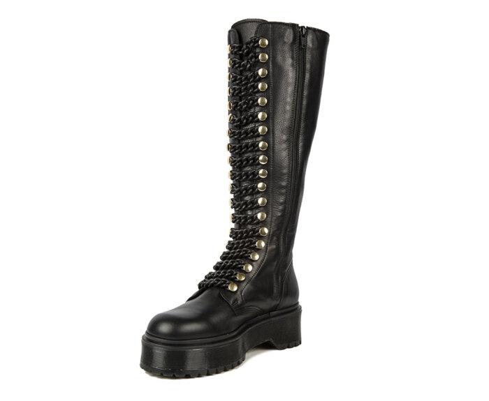 victoria-tall-black-chain3